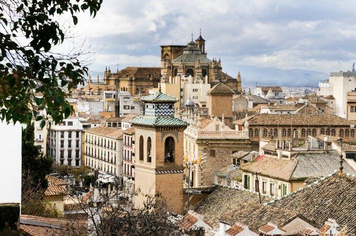 Vistas a Plaza Nueva y a la Catedral